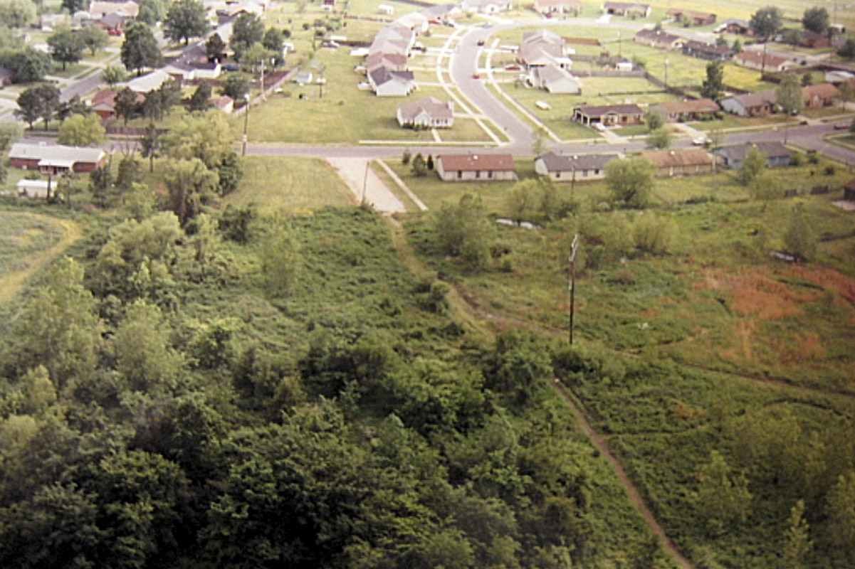 Despite his later claims, Echols was familiar with Robin Hood Hills and had previously lived nearby