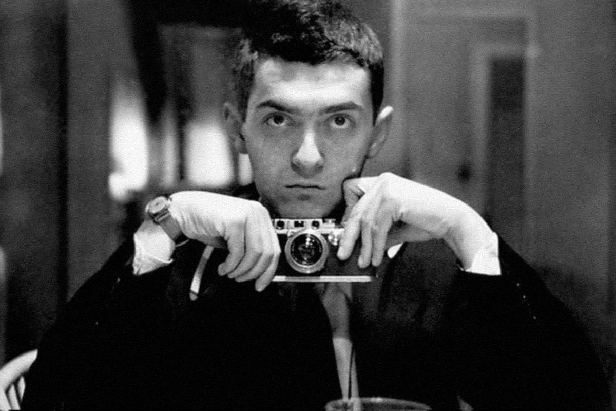 Kubrick apollo conspiracy under a shining moon the unredacted kubrick as a young photographer in 1949 buycottarizona